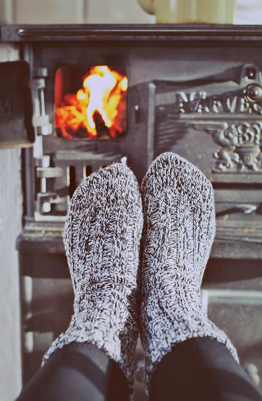November - Värma fötterna vid vedspisen hos mina föräldrar - Evelinas Ekologiska
